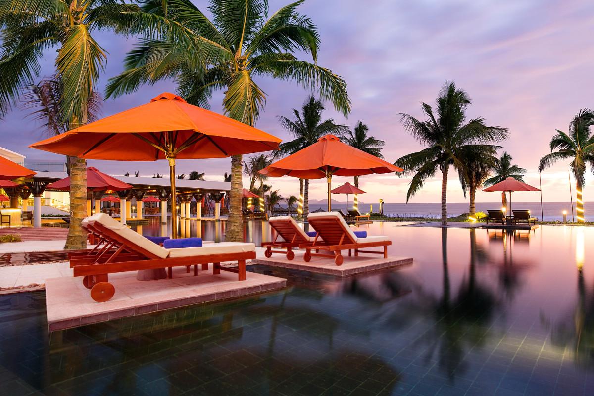 Hồ Bơi Cam Ranh Riviera Beach Resort & Spa