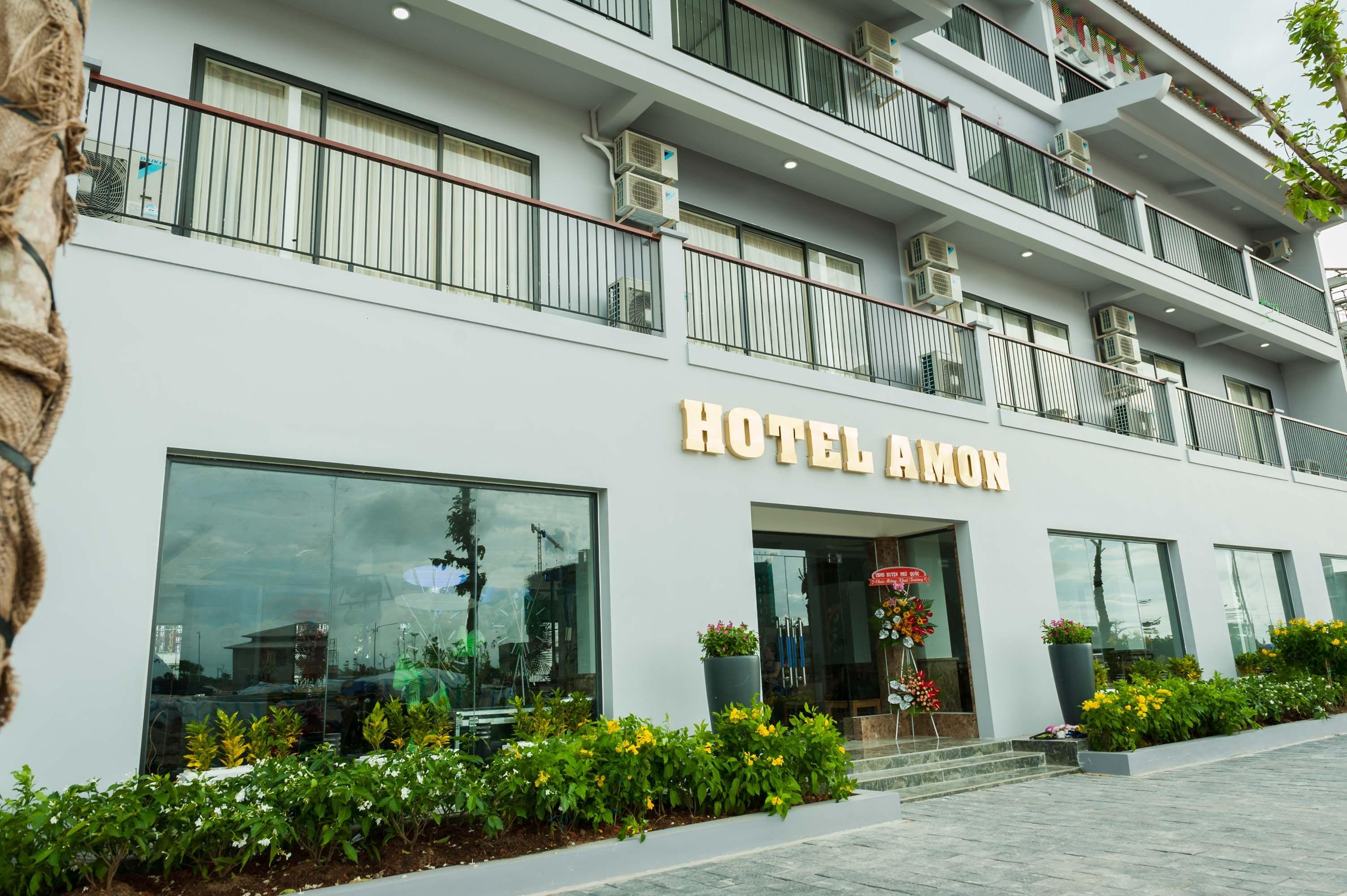 amon hotel chu dau tu sim island phu quoc