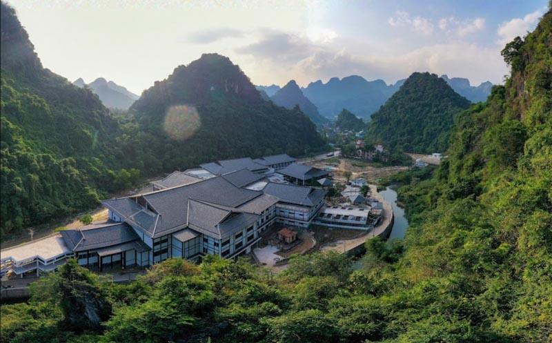 Sun Onsen Village